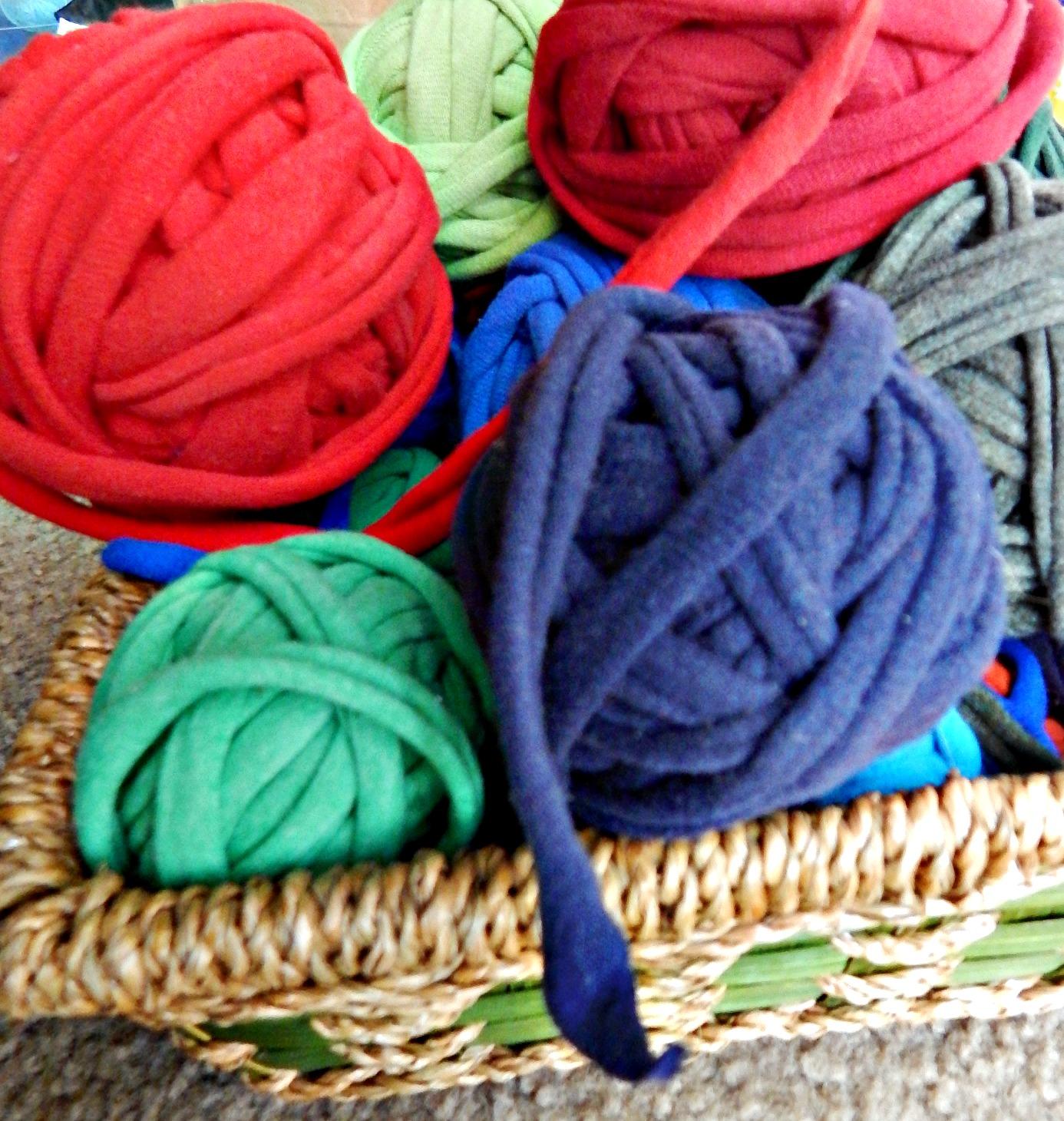 Partial Shades T Shirt Yarn Plant Hanger Morale Fiber